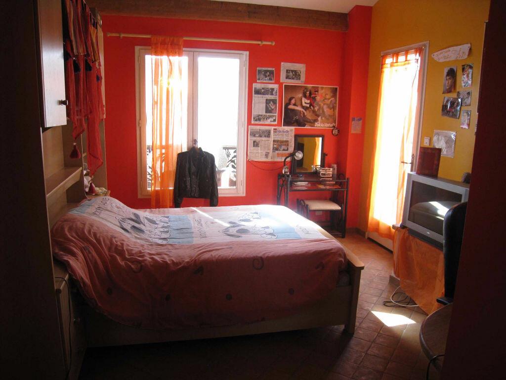 Maison à louer 5 220m2 à Saint-Julien vignette-7