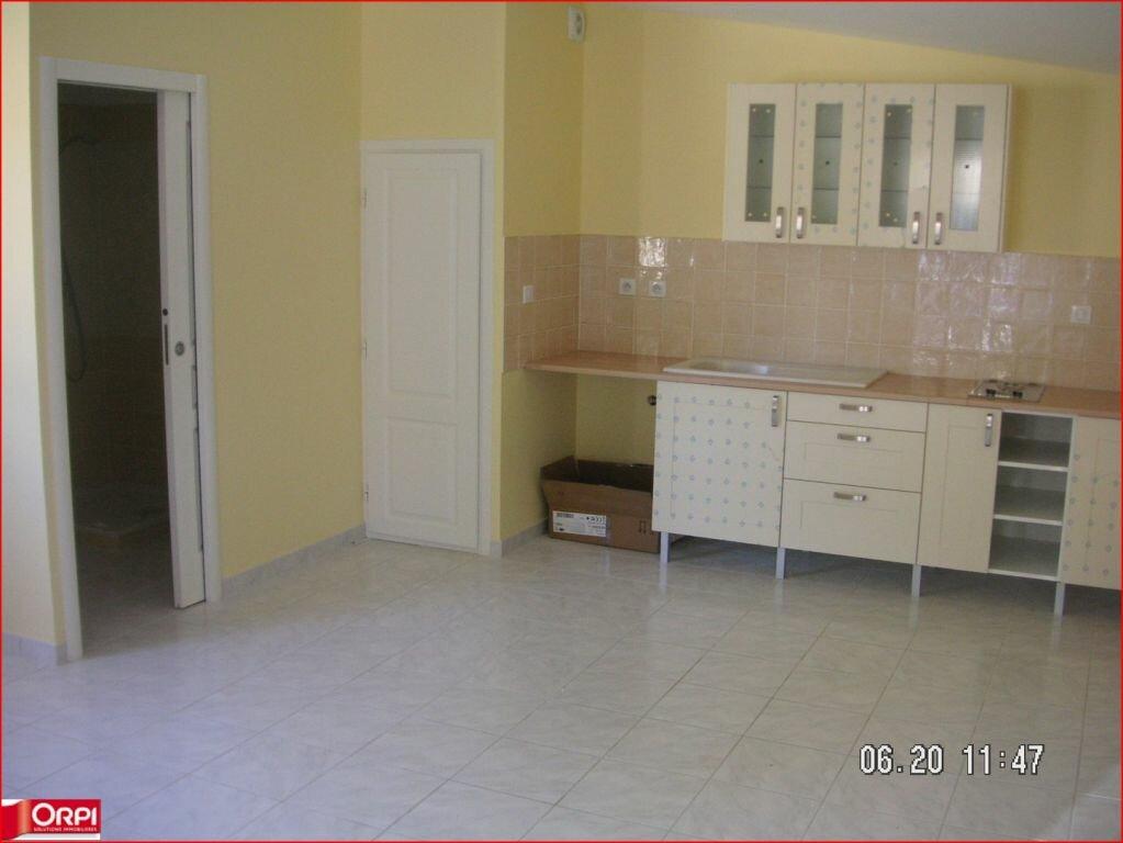 Appartement à louer 1 33m2 à Vinon-sur-Verdon vignette-1