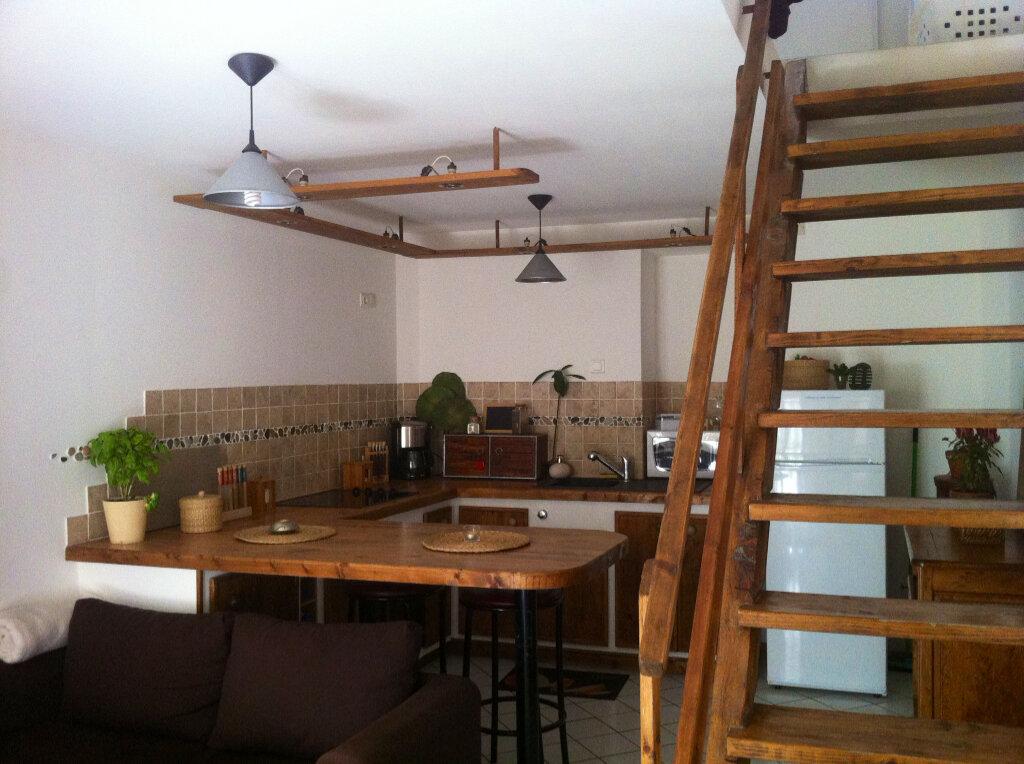 Maison à louer 2 32m2 à Vinon-sur-Verdon vignette-4