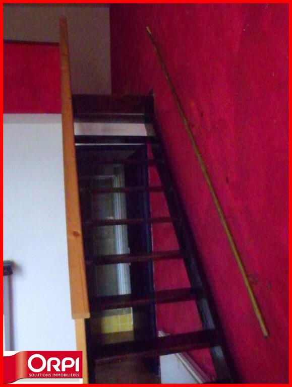 Maison à louer 1 34m2 à Villeneuve vignette-3