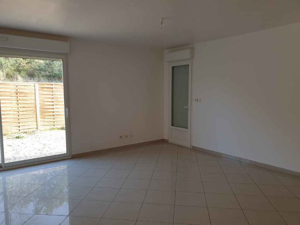 Appartement à louer 3 65m2 à Oraison vignette-3