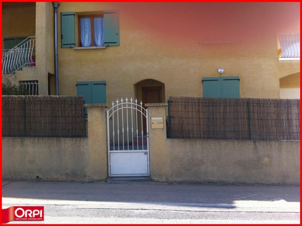 Appartement à louer 4 112m2 à Oraison vignette-2