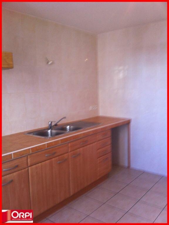 Appartement à louer 4 112m2 à Oraison vignette-3