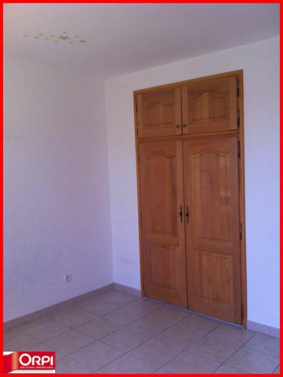 Appartement à louer 4 112m2 à Oraison vignette-6