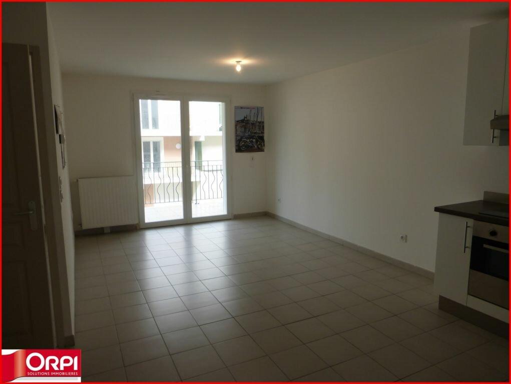 Appartement à louer 2 46m2 à Gréoux-les-Bains vignette-1