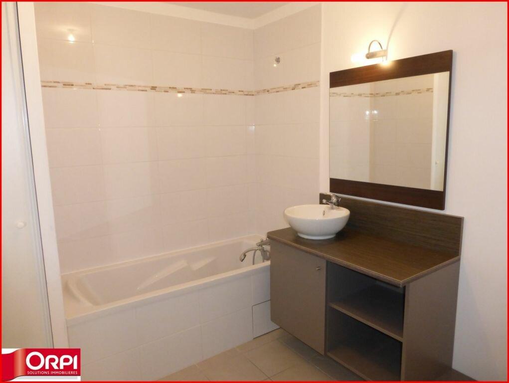 Appartement à louer 2 46m2 à Gréoux-les-Bains vignette-3