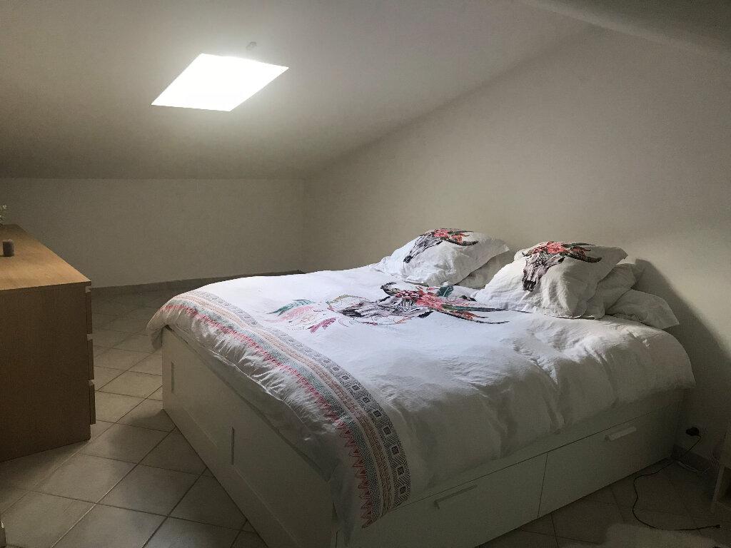Appartement à louer 3 68m2 à Gréoux-les-Bains vignette-4