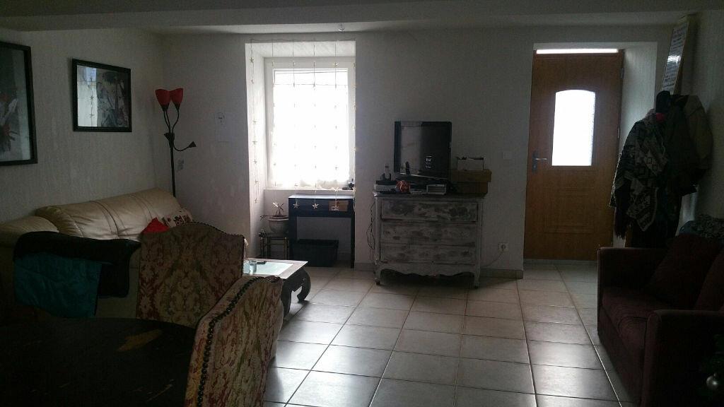Appartement à louer 3 100m2 à Oraison vignette-1