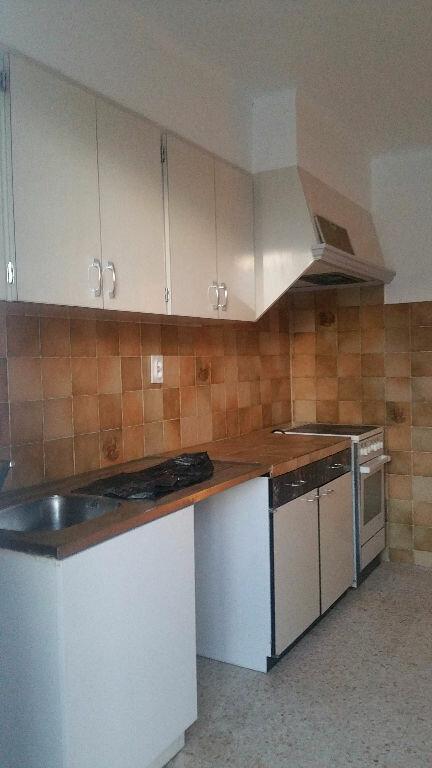 Maison à louer 3 65m2 à Vinon-sur-Verdon vignette-3