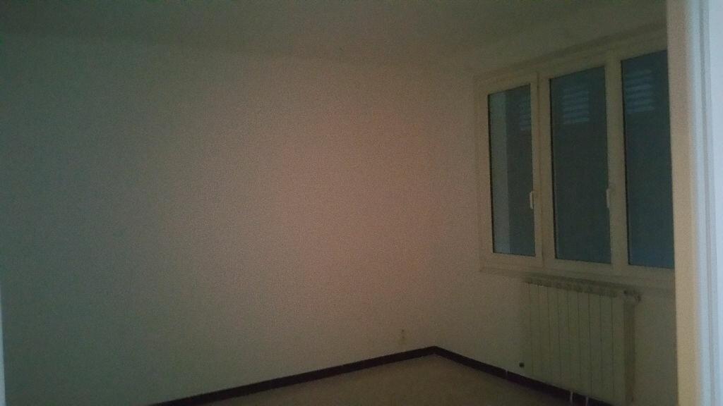Maison à louer 3 65m2 à Vinon-sur-Verdon vignette-4