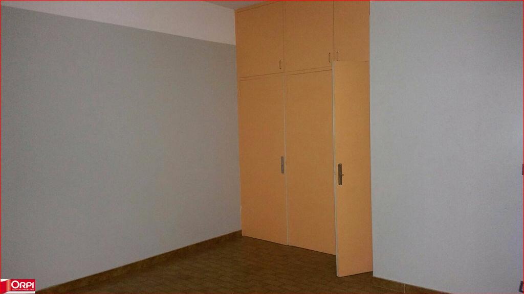 Appartement à louer 3 90m2 à Oraison vignette-6