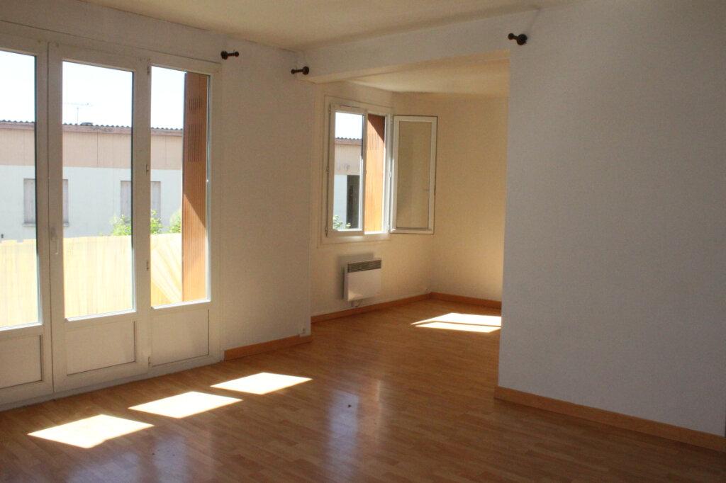 Appartement à vendre 3 64m2 à Oraison vignette-1