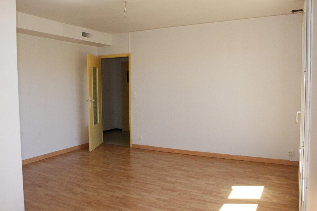 Appartement à vendre 3 64m2 à Oraison vignette-3