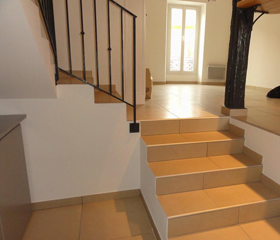Maison à louer 3 61m2 à Peyruis vignette-3