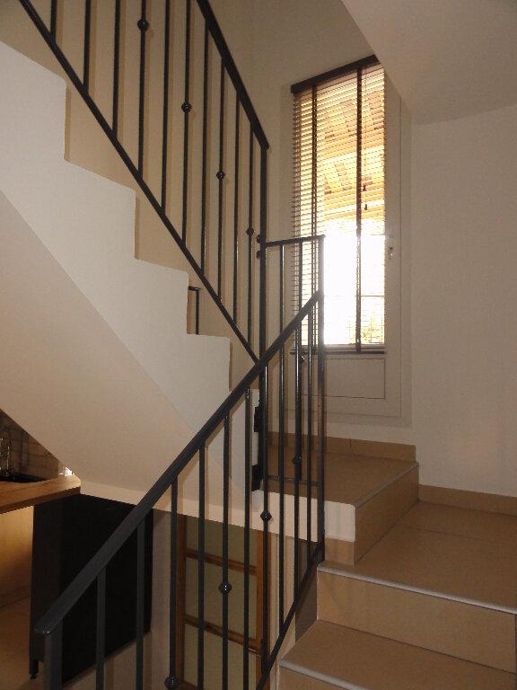 Maison à louer 3 61m2 à Peyruis vignette-5