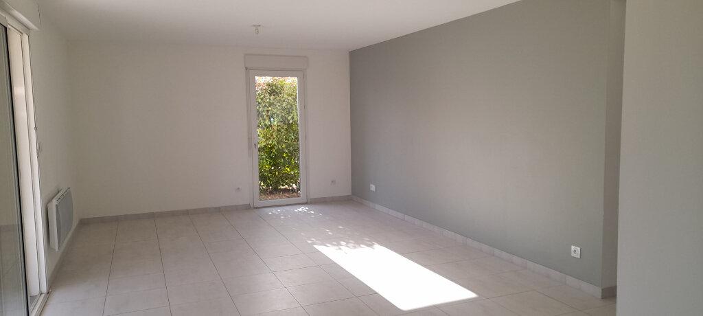 Appartement à louer 3 70m2 à Manosque vignette-1