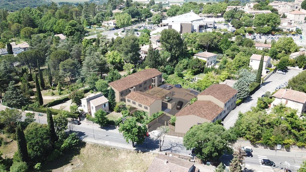 Appartement à vendre 3 61.91m2 à Gréoux-les-Bains vignette-3