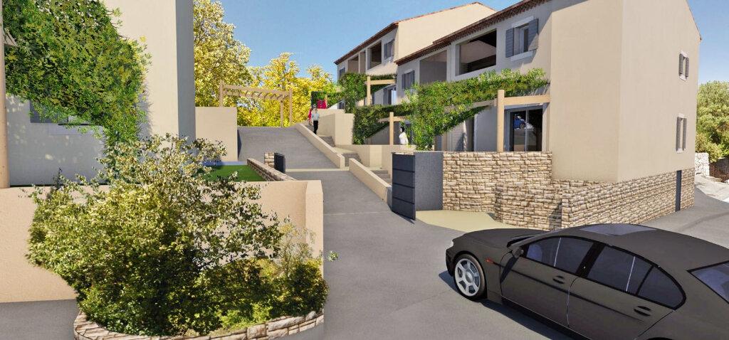 Appartement à vendre 3 62.22m2 à Gréoux-les-Bains vignette-1