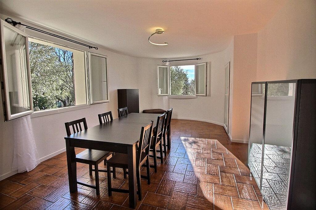 Appartement à louer 3 100m2 à Ginasservis vignette-3