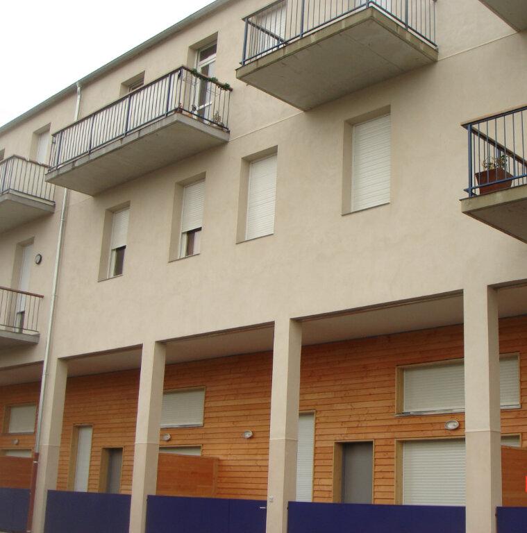 Appartement à louer 2 53m2 à Les Mées vignette-1