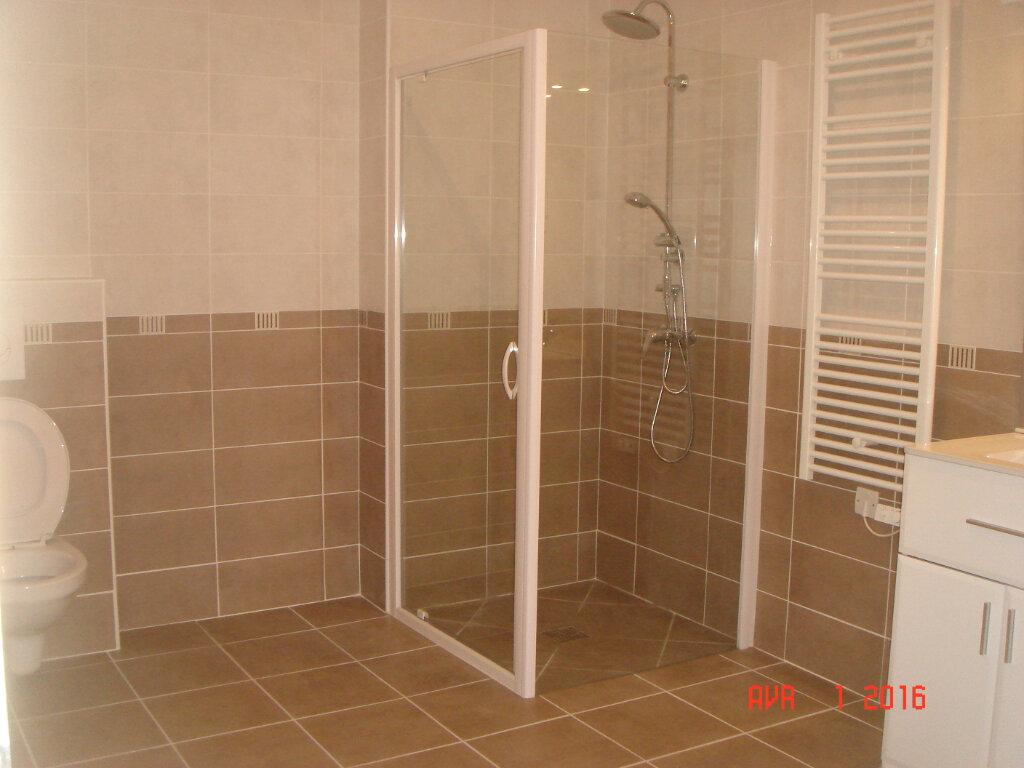 Appartement à louer 2 53m2 à Les Mées vignette-3