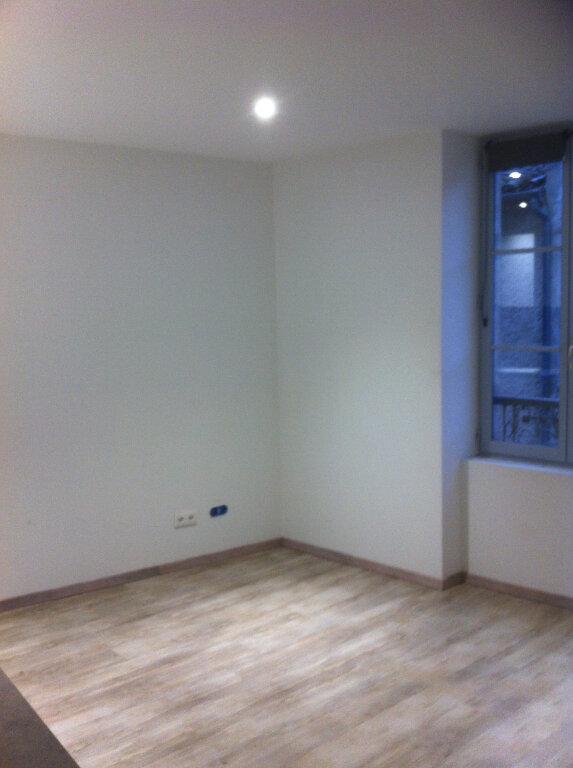 Appartement à louer 1 23.55m2 à Volonne vignette-3