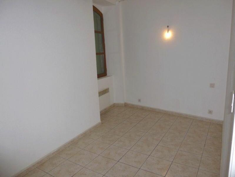 Appartement à louer 3 45m2 à Pont-Saint-Esprit vignette-4