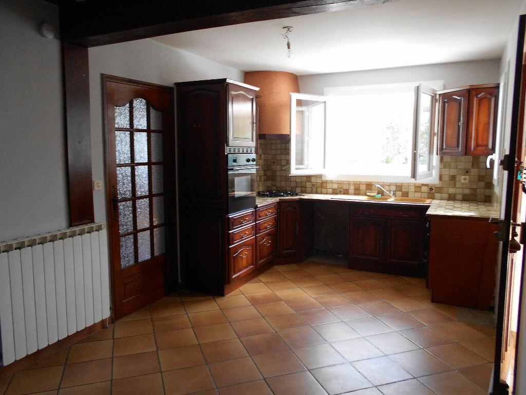 Maison à louer 4 96m2 à Pont-Saint-Esprit vignette-3