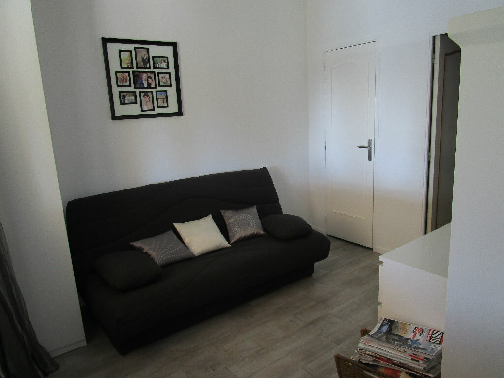Maison à vendre 4 115m2 à Saint-Marcel-d'Ardèche vignette-6