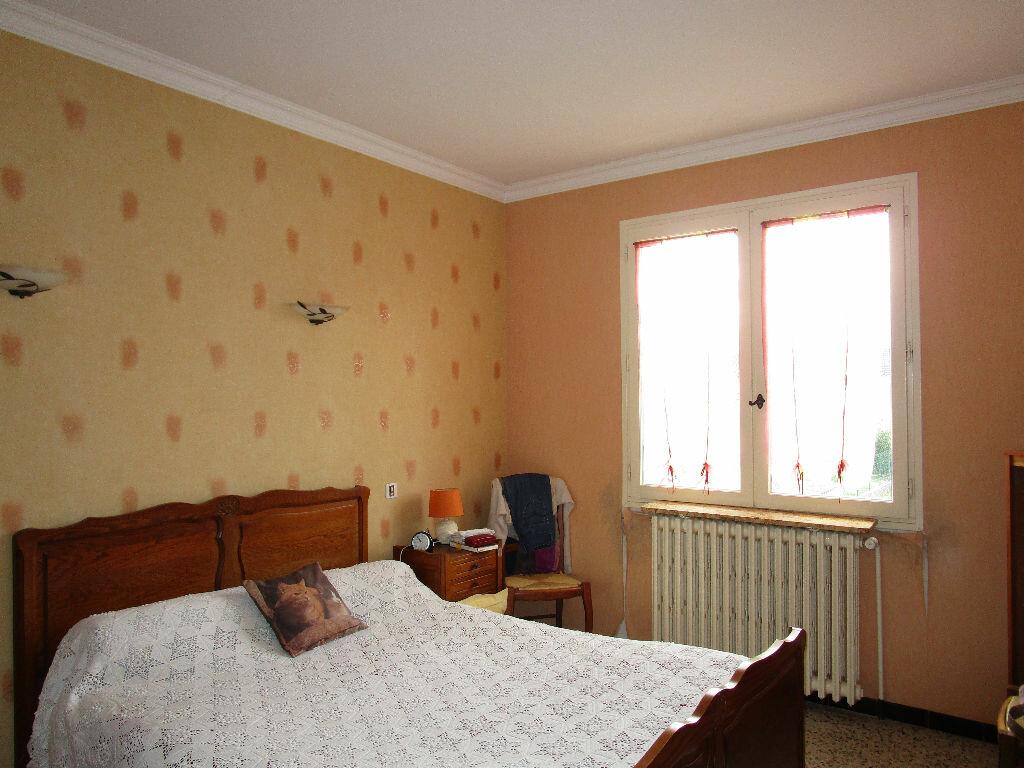 Maison à vendre 6 100m2 à Pont-Saint-Esprit vignette-4