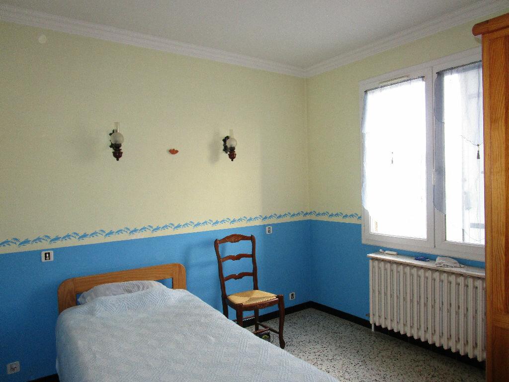 Maison à vendre 6 100m2 à Pont-Saint-Esprit vignette-5