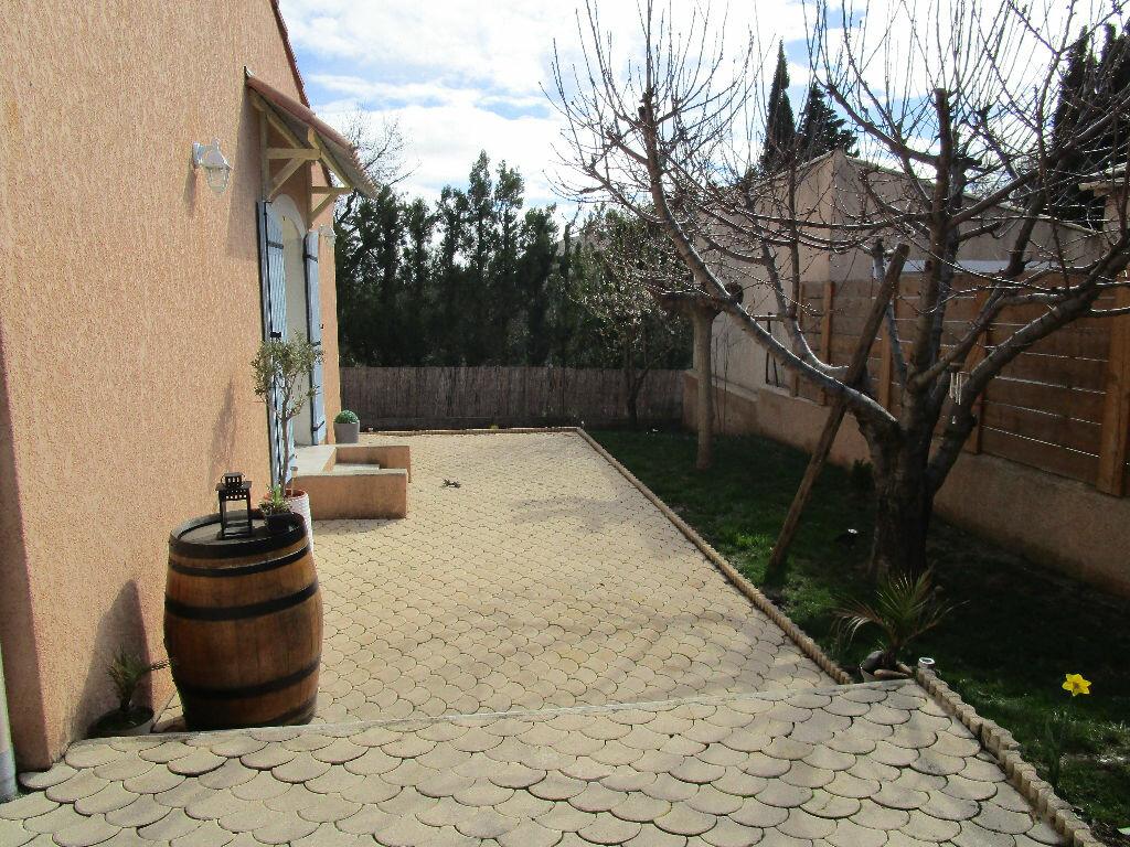 Maison à vendre 4 105m2 à Saint-Just-d'Ardèche vignette-5