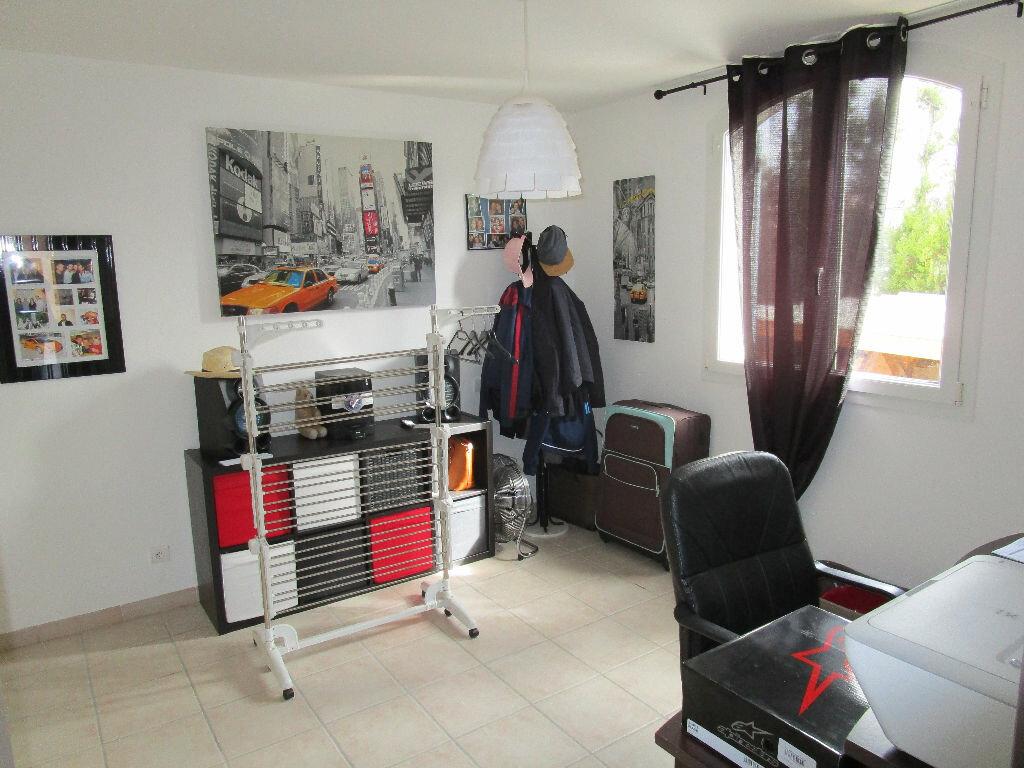 Maison à vendre 4 105m2 à Saint-Just-d'Ardèche vignette-7