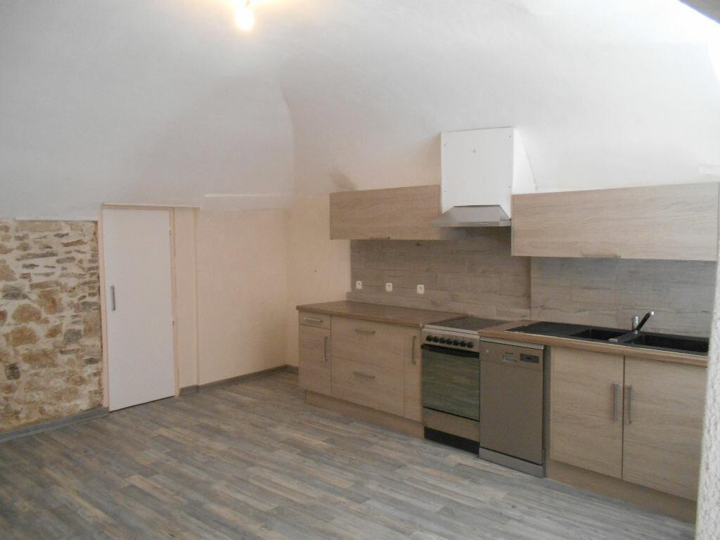 Appartement à louer 2 39.23m2 à Pont-Saint-Esprit vignette-1