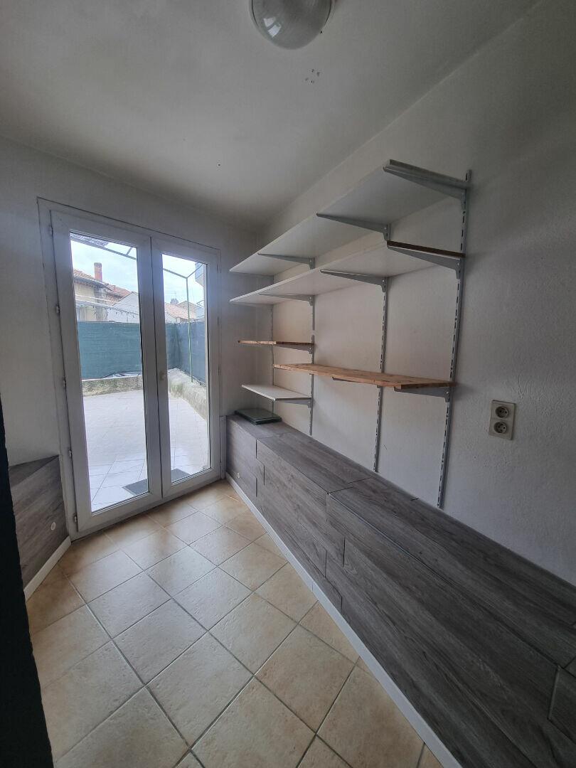Appartement à louer 2 58m2 à Bagnols-sur-Cèze vignette-6