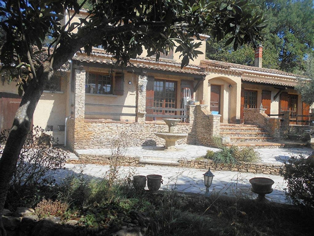 Maison à louer 5 159m2 à Saint-Paulet-de-Caisson vignette-1