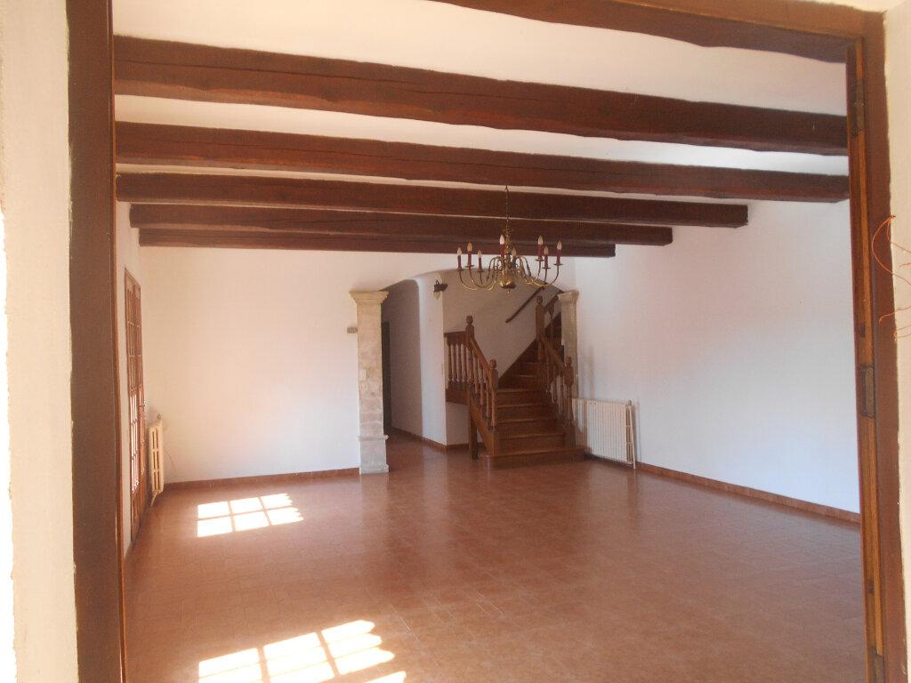 Maison à louer 5 159m2 à Saint-Paulet-de-Caisson vignette-3