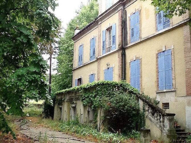 Maison à vendre 20 453m2 à Pont-Saint-Esprit vignette-1