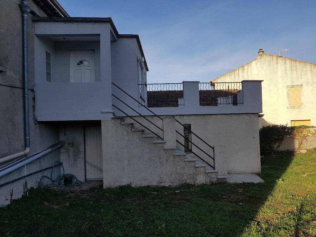 Maison à louer 2 44.72m2 à Saint-Just-d'Ardèche vignette-2
