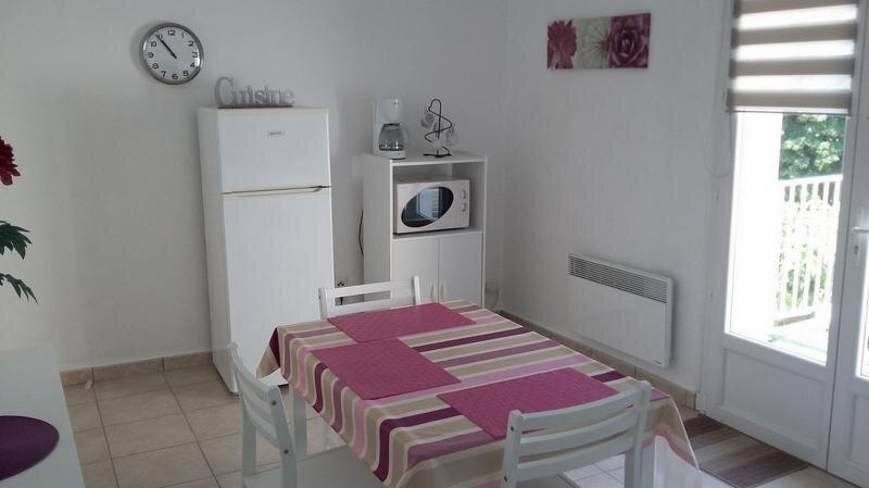 Appartement à louer 2 42.3m2 à Saint-Martin-d'Ardèche vignette-4