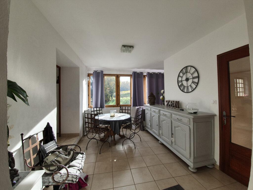 Appartement à louer 3 77.08m2 à Saint-Paulet-de-Caisson vignette-1
