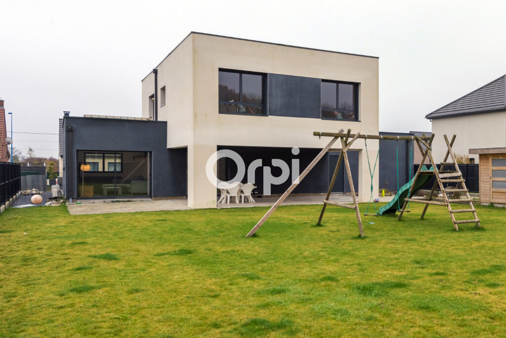 Maison à vendre 8 173m2 à Douai vignette-1