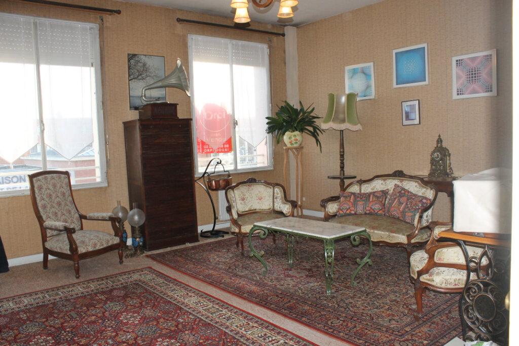 Appartement à vendre 3 63m2 à Douai vignette-1