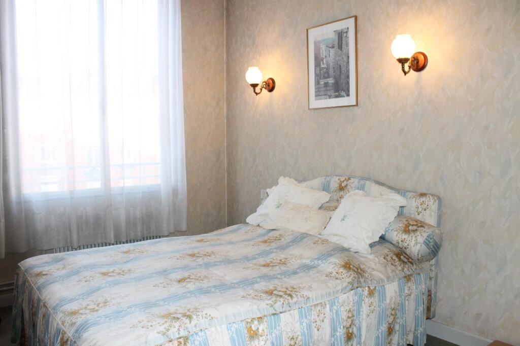 Appartement à vendre 3 63m2 à Douai vignette-2