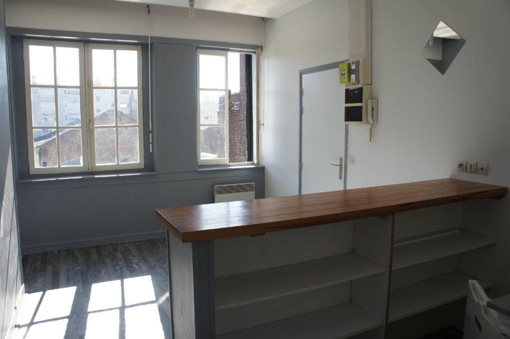 Appartement à louer 2 37m2 à Douai vignette-1