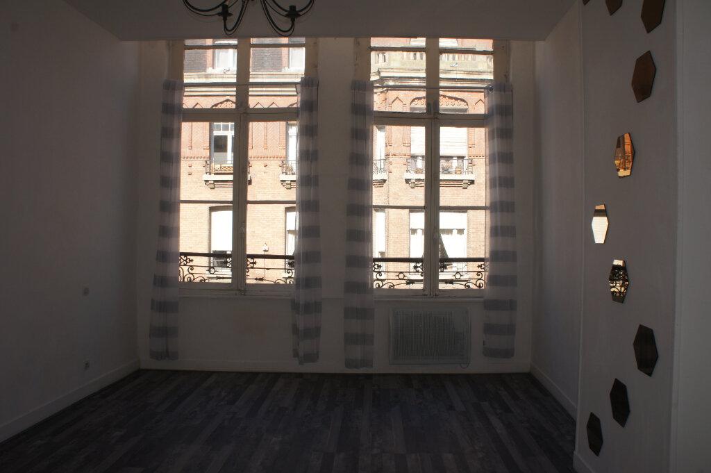 Appartement à louer 2 37m2 à Douai vignette-3
