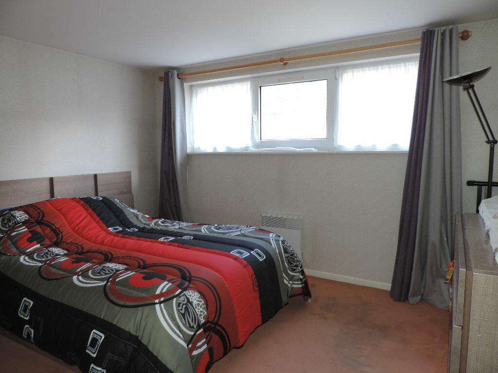 Appartement à louer 4 105m2 à Hesdin vignette-8