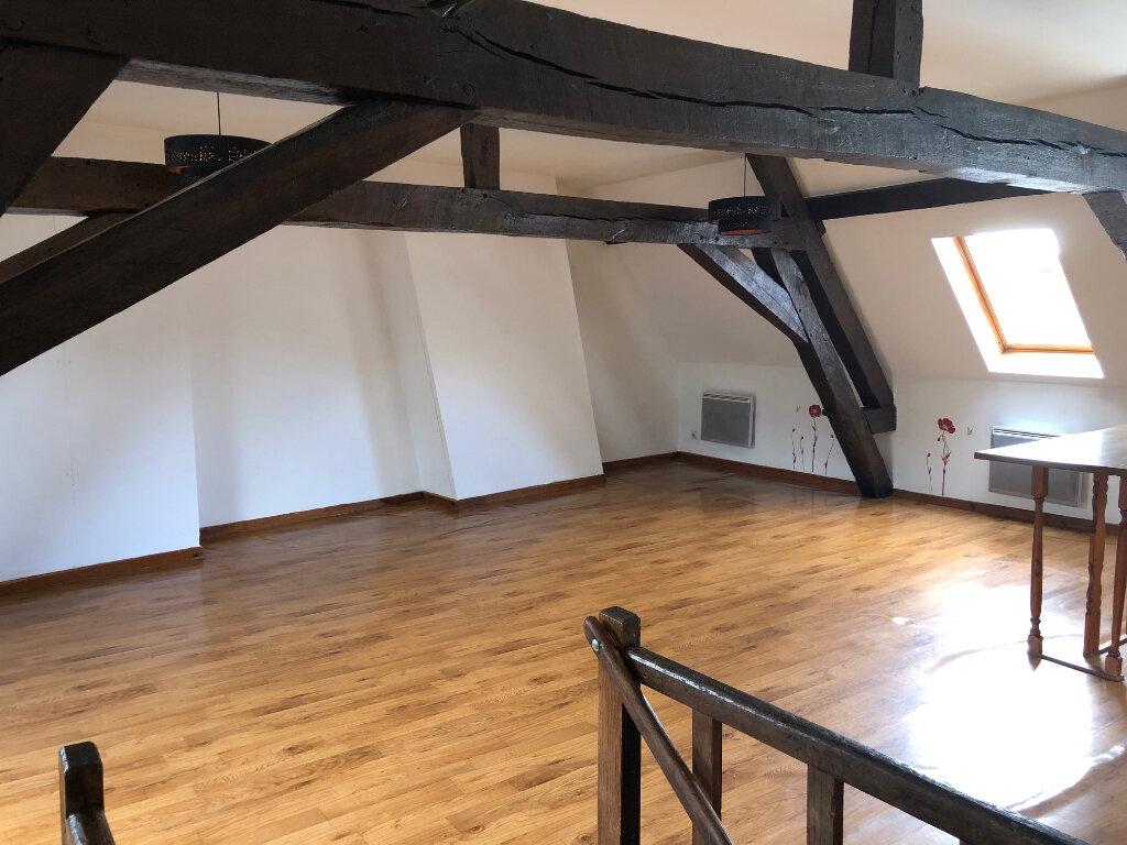 Appartement à louer 4 70m2 à Hesdin vignette-1
