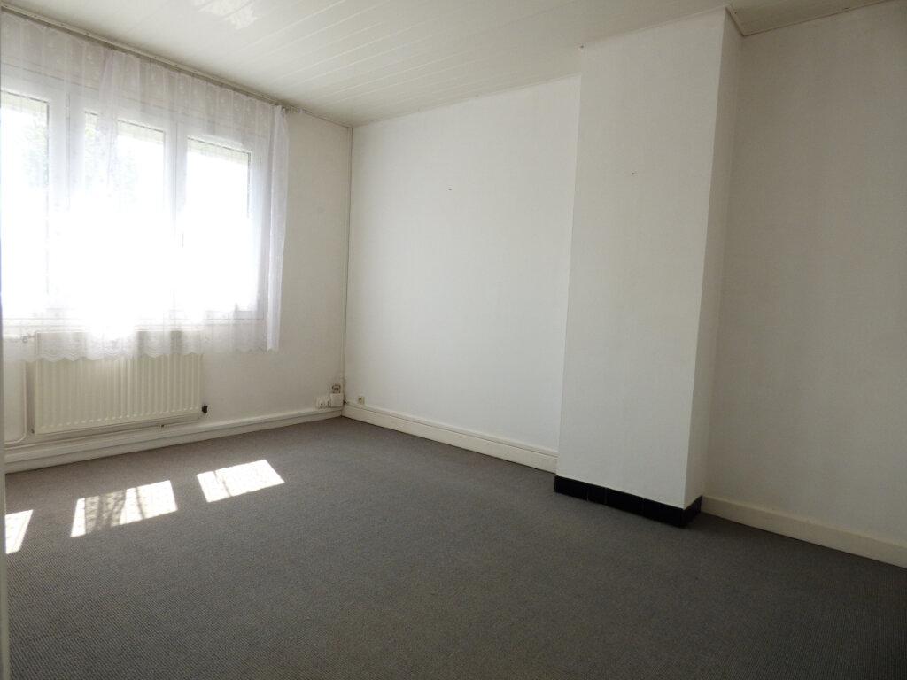 Maison à louer 5 70m2 à Sainte-Austreberthe vignette-5