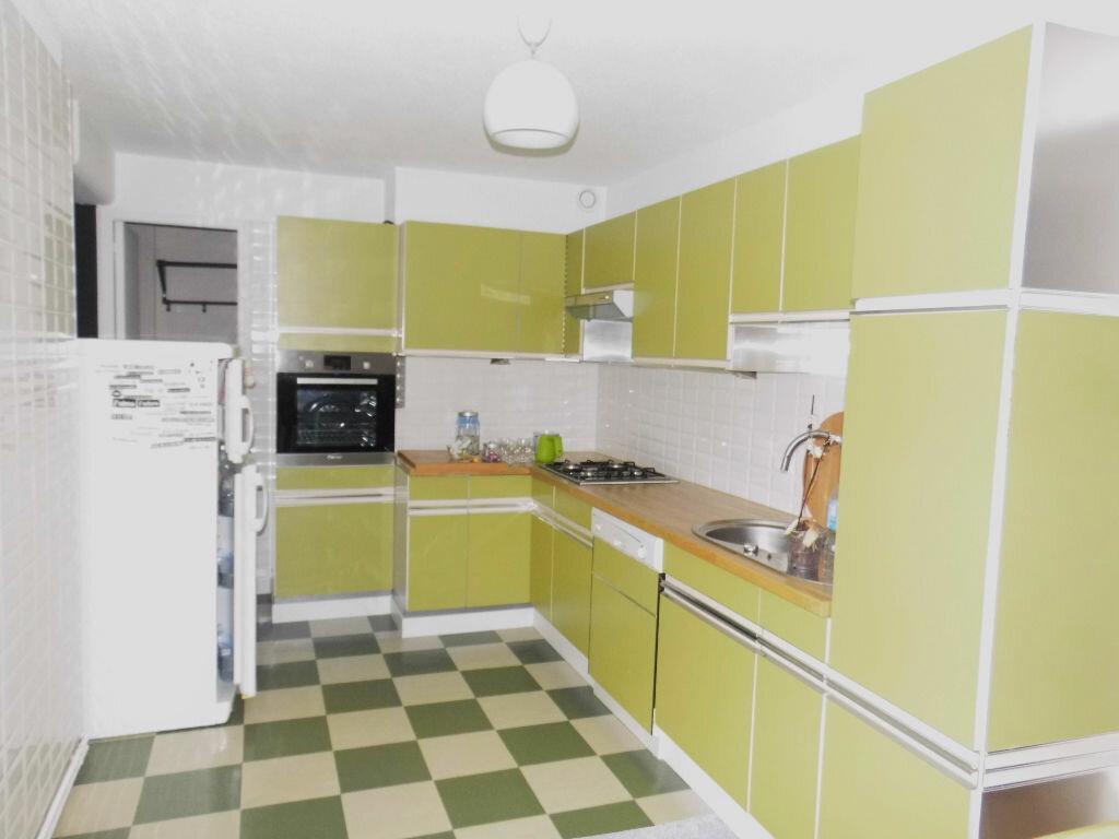 Appartement à louer 4 90m2 à Hesdin vignette-1